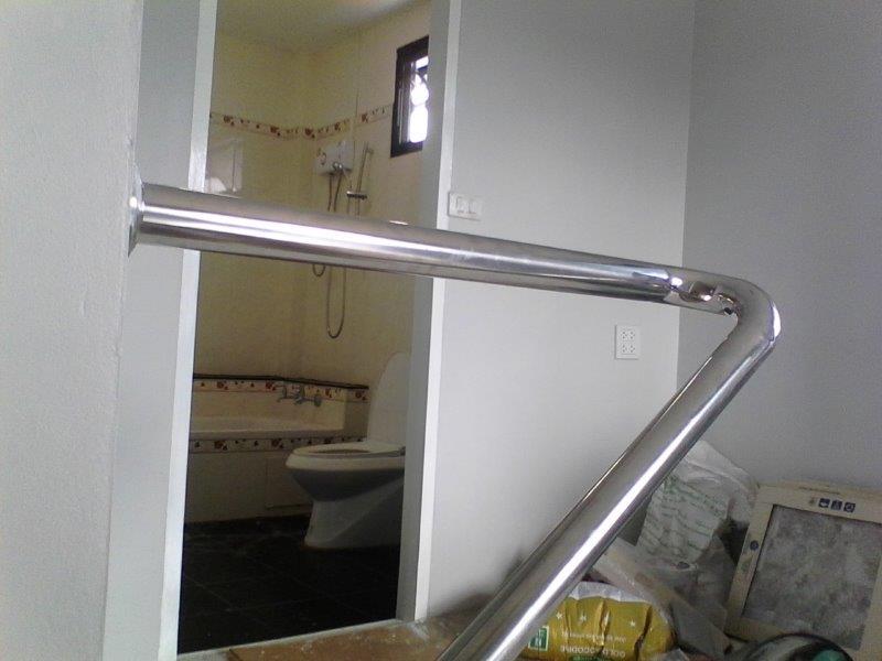 handrail left